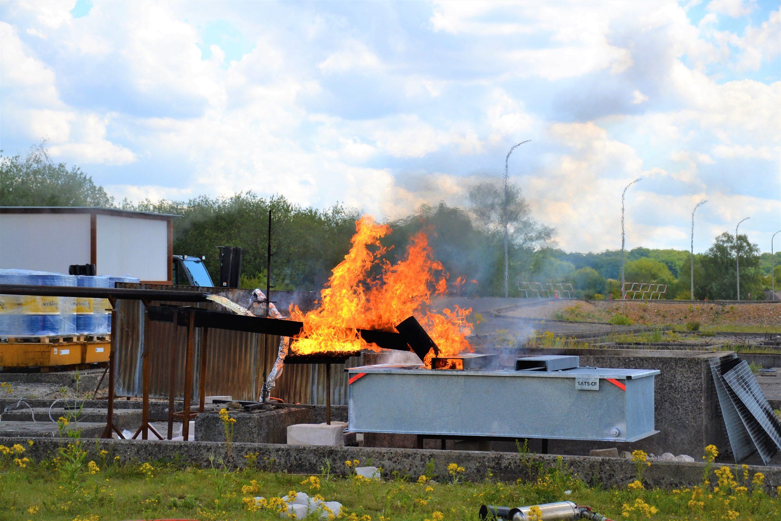 test des bacs anti feu pour transformateur électrique SONEC BCF au CNPP